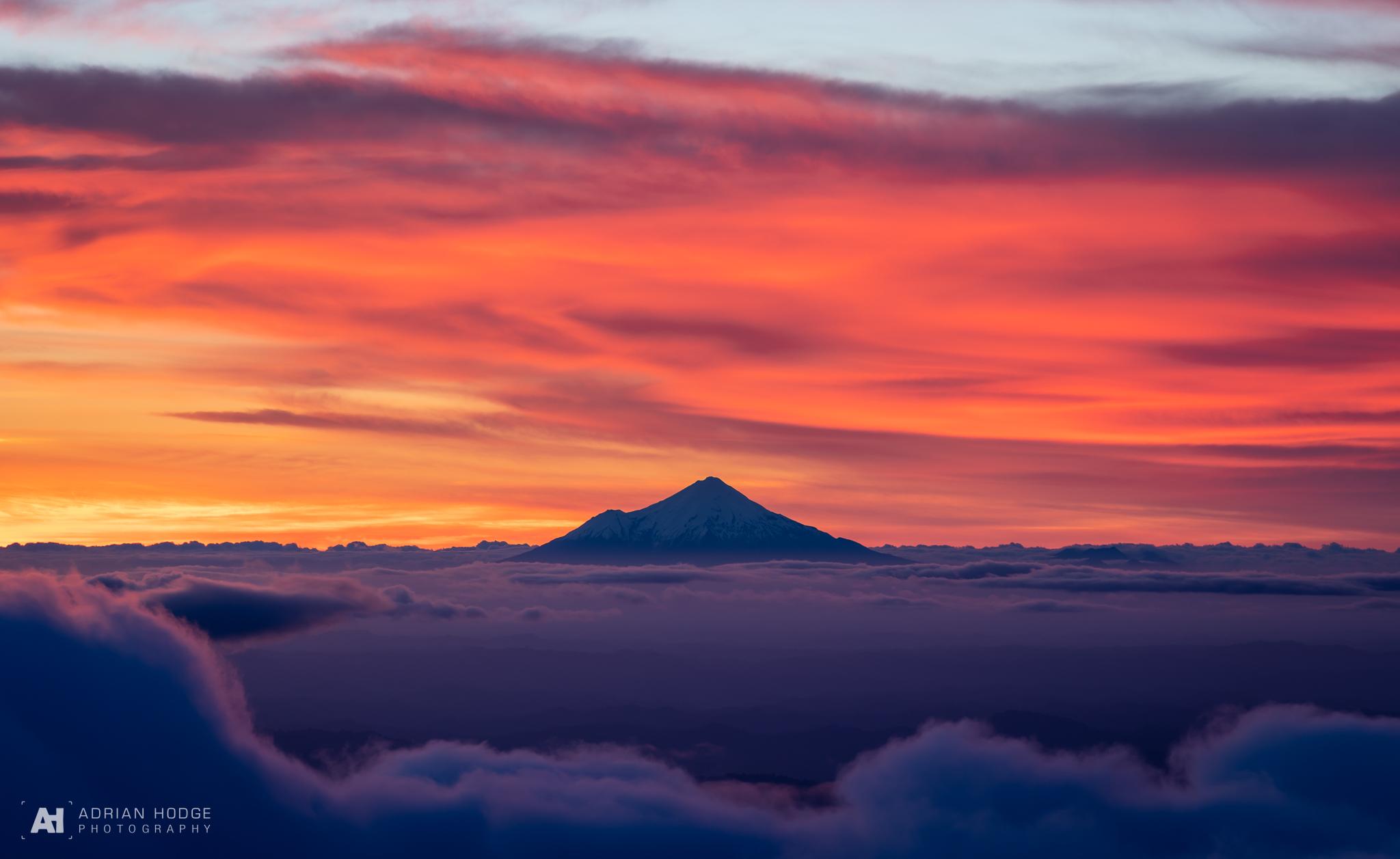 Mt Taranaki (Egmont) from Ruapehu at Sunset